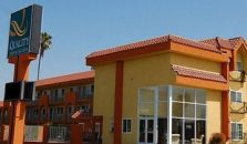 QUALITY INN & SUITES NEAR KNOTT'S BERRY FARM - hotel Cypress