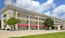 BAYMONT INN AND SUITES CHAMPAIGN - hotel Champaign