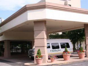 Holiday Inn Somerset Bridgewater Hotel In Somerset New Jersey