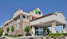 HOLIDAY INN EXPRESS HOTEL & SUITES LINCOLN NORTH - hotel Lincoln