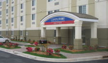 CANDLEWOOD SUITES WILSON - hotel Willows