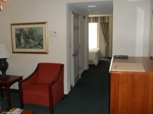 Hilton Garden Inn Westbury   New York City Hotel