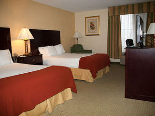 Holiday Inn Express Hotel Suites Scottsburg