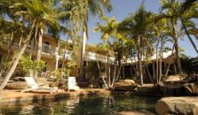 BEST WESTERN COLONIAL PALMS MO - hotel Great Barrier Reef