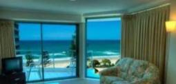 Emerald Sands Apartments Hotel in Surfers Paradise, Gold