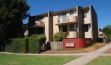 Manuka Park Serviced Apartments - hotel Canberra