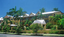 Cairns Queenslander Apartments - hotel Cairns