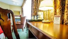Peterborough Inn & Suites Hotel - hotel Peterborough