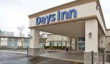 DAYS INN AND CONFERENCE CENTRE - hotel Owen Sound