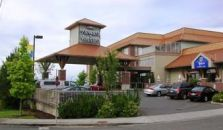 HOWARD JOHNSON HOTEL AND SUITES, VICTORIA ELK LAKE - hotel Victoria