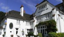 The Hurtwood Inn Hotel - hotel Guildford