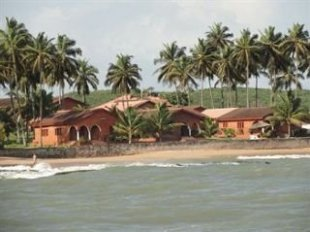 Coconut Grove Beach Resort Elmina Hotel