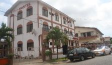 Pink International Hostel - hotel Accra