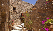 Medieval Castle Suites Traditional - hotel Chios