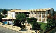 Silver Beach Hotel and Annexe Apartments - hotel Corfu