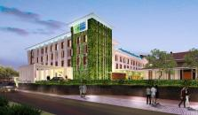 Holiday Inn Express Baruna - hotel Tuban