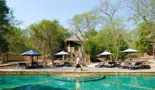 Waka Shorea Resort - hotel Singaraja