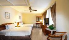 Village Hotel Albert Court - hotel Bintan