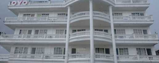 Oyo 696 Hasanah Guest House De Saphire Hotel In Malang East Java Cheap Hotel Price