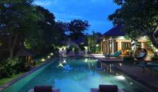 The Shanti Residence - hotel Tuban