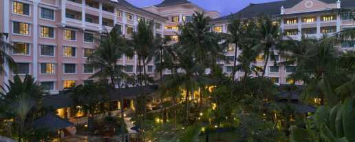 Melia Purosani Hotel Yogyakarta Hotel In Gajah Mada University Ugm Yogyakarta Cheap Hotel Price