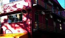 Beds Guesthouse - Hostel - hotel Kuching