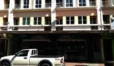 Oceanus Backpackers Hostel - hotel Sandakan
