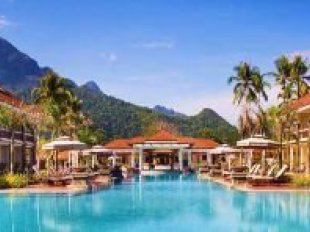 Sheridan Beach Resort Spa Palawan Hotel