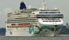 Norwegian Jade Cruise Ship - hotel Sochi
