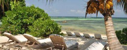 Crown Beach Hotel Hotel In Mahe Island Cheap Hotel Price