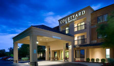COURTYARD WICHITA EAST - hotel Wichita