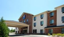 Comfort Inn & Suites Near Lake Lanier - hotel Atlanta
