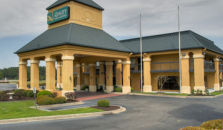 QUALITY INN & SUITES CIVIC CENTER - hotel Florence