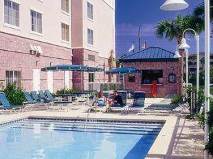 Emby Suites Destin Miramar Beach Hotel