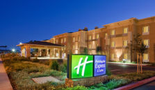 HOLIDAY INN EXPRESS HOTEL & SUITES NAPA VALLEY-AMERICAN CANYON - hotel Napa Valley