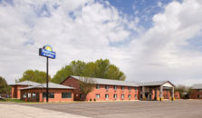 DAYS INN AND SUITES WATERLOO - hotel Waterloo