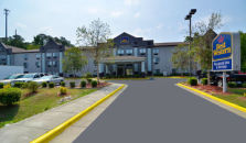 B/W Raleigh Inn & Suites - hotel Raleigh