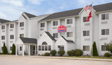 RAMADA LIMITED AND SUITES BLOOMINGTON - hotel Bloomington