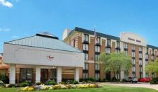 Clarion Hotel & Suites Conference Center - hotel Columbus