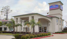 HOWARD JOHNSON INN AND SUITES BEAUMONT TX - hotel Beaumont
