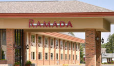 RAMADA INN AND SUITES - SAGINAW MI - hotel Saginaw